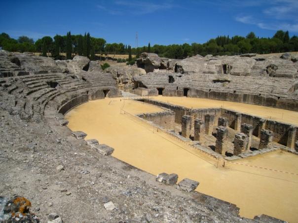 Ciudad romana de Itálica _Italica_amphitheatre_Santiponce_Andalucia_Spain